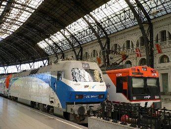 バルセロナ 電車 駅