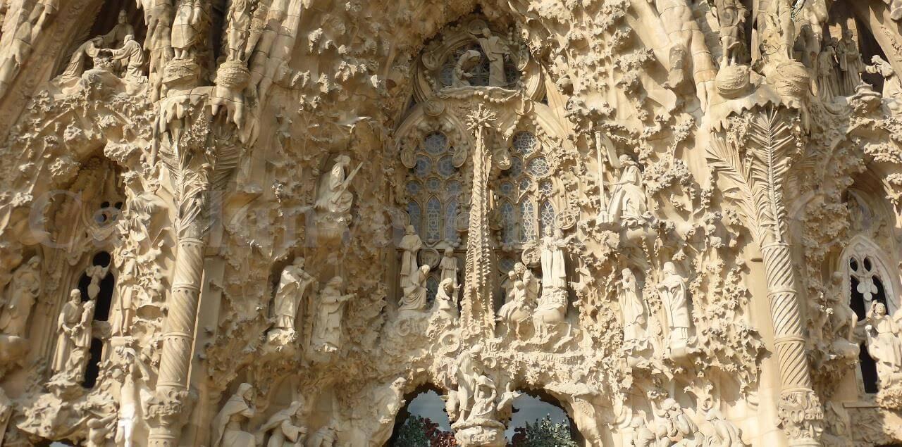 Guide officiel Sagrada Familia