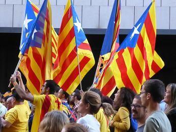 カタルーニャ 独立