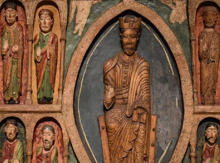 ロマネスク様式 教会